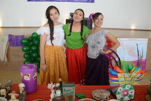 28102015 Paola, Valeria y Melissa.