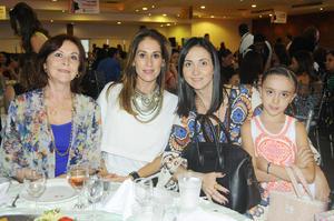 28102015 EN RECIENTE EVENTO.  Liliana, Mary Carmen, Liliana y Mely.