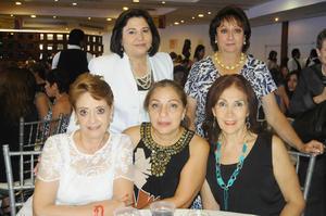 28102015 ENTRE AMIGAS.  Marina, Gaby, Paty, Silvia y Dora.