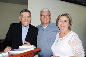 28102015 Doris de Muruaga y Coyo de Pérez.