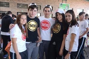 Cecy, Fer, Carlos, Isabela y Daniela