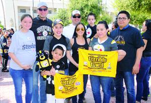 31102015 EN UN CONCIERTO.  Carlos, Elena, Pamela, Jaqueline y Eduardo.