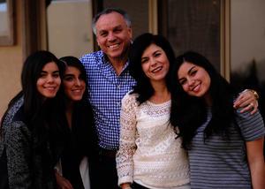 Cecy, Cecy, Fernando, Sofía y Marcela