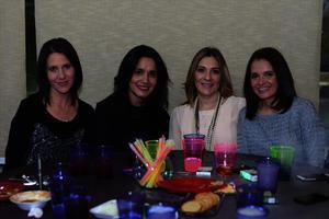 Maribel, Claudia, Fernanda y Titis