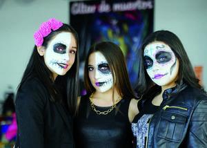 02112015 Evelyn, Nicole y Vianey.