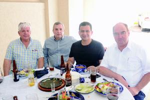 02112015 DíA DEL MéDICO.  Armando, Jorge, Miguel y Javier.