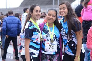 04112015 Fernanda, Alejandra y Daniela.