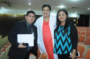 05112015 Anhuar Cuevas, Marcela González y Ángeles Méndez.
