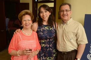 07112015 Aurorita, Betty y Carlos.