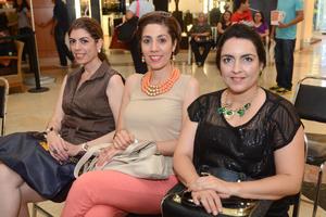 06112015 Haifa, Aurora y Betty.