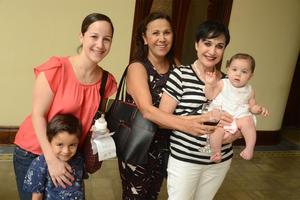 07112015 Ana Cris, Máximo, Esperanza, Laura y Sofía.