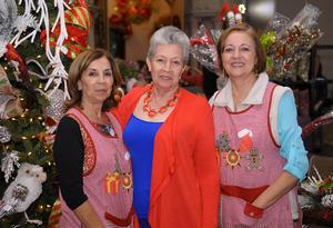 06112015 Dora, Magda y Dora.