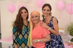 06112015 EN UN BAUTIZO.  Marytere, Mariana y Rocío.