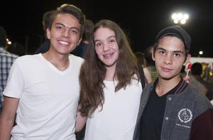 07112015 Alejandro, Yamile y Diego.