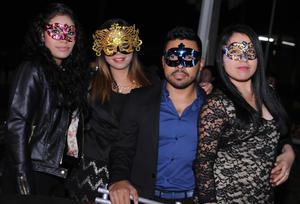 06112015 Magda, Cynthia, Ernesto y Nidia.