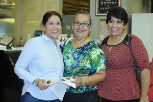 08112015 Flor Valenzuela Sandoval, Raquel Sifuentes Calderón y Yolanda Sifuentes Calderón.