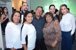 09112015 Martha, Miguel, Ximena, Carlos, Martha, Mónica y Lupita.