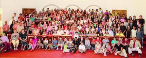 08112015 Todos los miembros de la congregación.