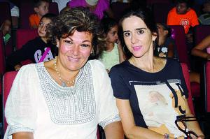 08112015 FELICES.  Rosario y Leonor.