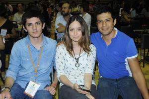 08112015 Gerardo, Dania y Gustavo.