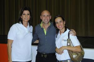 08112015 Susana, Pedro y Lily.