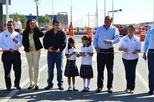 El puente mejorará la conectividad vial con por lo menos 20 colonias ubicadas en la parte norte-oriente de Torreón.