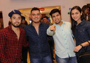 11112015 Julio, Mario, Waldo y Laura.