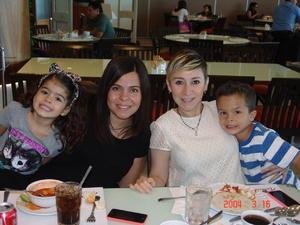 12112015 Blanca, Silvia, Yolanda, María José, Gaby y Ana Mayela.