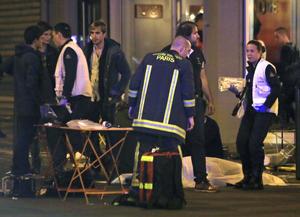 """Obama se pronunció por los ataques en París y dijo que son un """"indignante intento de aterrorizar a civiles inocentes""""."""