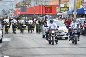 Se realizó un desfile para conmemorar el aniversario de la Revolución Mexicana.