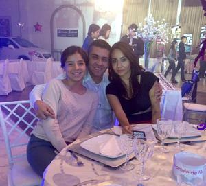17112015 María Fernanda, Guillermo y Laura Iveth.