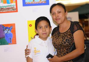 16112015 ASISTEN A EXPO.  José Luis y Zulema.