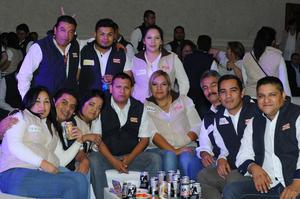 20112015 Mara, Luis, Iván, Manuel, Yadira, Javier, Rocío, Leobardo, Coco, Carlos, José y Gustavo.