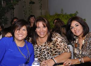 20112015 Diana, Cecilia y Layla.