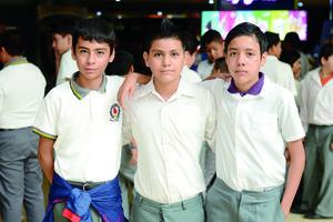 21112015 Andrés, Giovanny y Alfredo.