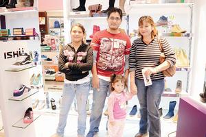 22112015 Alondra, Miguel, Renata y Nina.