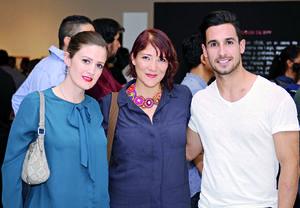 23112015 Alejandra, Julika y Fernando.