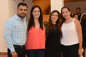 23112015 Orlando, Silvia, Liliana y Laura.