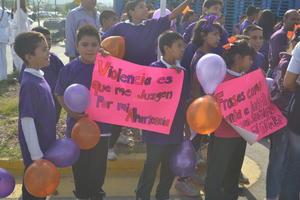 Los más pequeños también se sumaron contra la violencia hacia las mujeres.