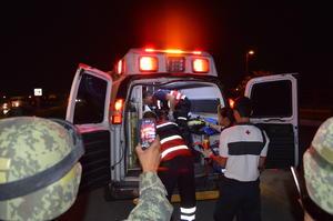 El conductor Solís Rosas quedó con golpes y fracturas, pero fue llevado aún con vida a un hospital del municipio.