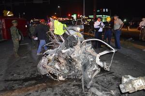 El reporte del percance llegó a las 18:35 horas a la sala de emergencias, indicaba que había al menos seis vehículos dañados y varias personas lesionadas.