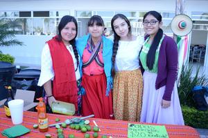 25112015 Karla, Valeria, Paola y Joceline.
