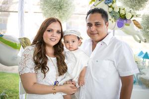 Con sus papás, Ileana Márquez y Francisco Morales