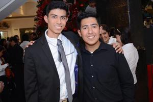 26112015 Hiram y Tadeo.