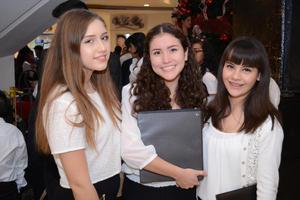 26112015 Paola, Alpha y Katya.