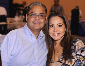 José Luis y Adriana