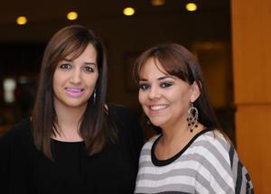 Karina y Claudia