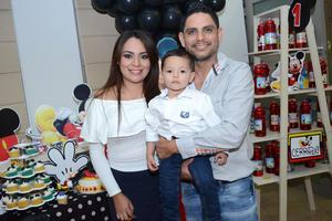 28112015 Estefany, Charly y Rodrigo.