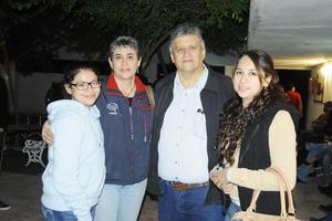 28112015 Georgina Solís, Itzel y Claudia.
