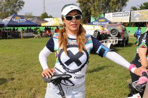 27112015 Azucena Reyes.